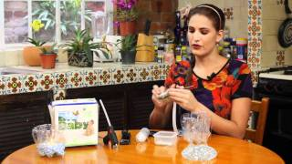 getlinkyoutube.com-Centro de mesa con botellas recicladas