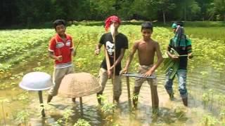 getlinkyoutube.com-Bangla funny vedio song (bosonto batase soigo) by shafiq