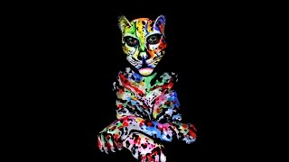 getlinkyoutube.com-The Sphynx Cat     Bodypainting Video