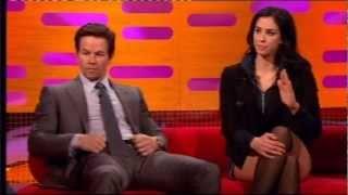 getlinkyoutube.com-Sarah Silverman tells Mark Wahlberg to shut up on the Graham Norton Show (3:00)