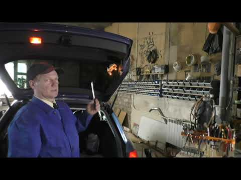 AUDI A4 B7 замена ламп габаритов