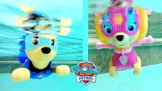 getlinkyoutube.com-Paw Patrol Pool Party Bath Toys Paddlin Pup Underwater Toys Rescue Marshal, Skye, Chase, Rocky
