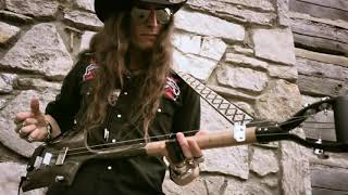 """""""ACE OF SPADES"""" on the 3-String Shovel!"""