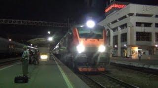 getlinkyoutube.com-«По 2 пути на большой скорости следует состав поезда!»