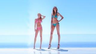 getlinkyoutube.com-America's Longest Legs: Houston Model's 49 Inch Pins