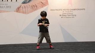 getlinkyoutube.com-Amazing kid with awesome yoyo tricks..