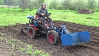 getlinkyoutube.com-Vagude ajamine iseehitatud traktoriga / Homemade tractor