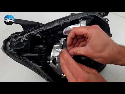 Toyota Avensis T25 - Facelift 06-09 headlight repair and upgrade bi-xenon kit by Aharon