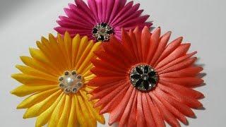 getlinkyoutube.com-Ribbon Daisy flower tutorial