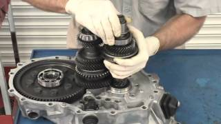 getlinkyoutube.com-Hyundai Transmission Disassembly Video