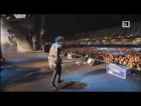 Sum 41 - Hell Song (LIVE at MTV Winter 2011) [HQ]