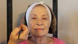 getlinkyoutube.com-How to - Makeup for Mature Women. Subtle highlight and contour tips