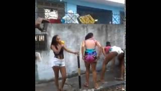 getlinkyoutube.com-Baile funk na rua de Salvador