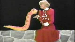 getlinkyoutube.com-Carol Channing on Sesame Street