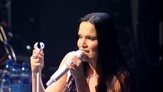 getlinkyoutube.com-Nightwish - Nemo Live At Metal Hammer Golden Gods Awards (2004)