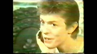 getlinkyoutube.com-David Bowie Unbroadcasted interview Toppop '77 pt.1