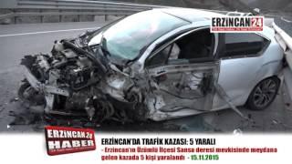 Otomobiller Kafa Kafaya Çarpıştı: 5 Yaralı
