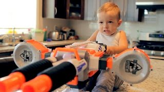 getlinkyoutube.com-Nerf War: Gun BABY 2!