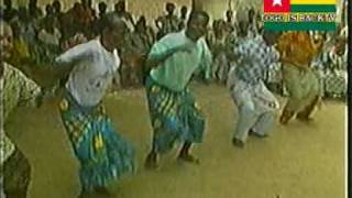 getlinkyoutube.com-TOGO 02 La danse traditionnelle des Ewés