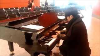 getlinkyoutube.com-호주 멜버른 국제공항 피아노 - All of me (by Jon Schmidt)