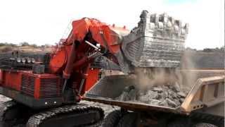 getlinkyoutube.com-Hitachi EX8000-6 Excavator in Mozambique
