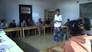 Une chanteuse malgache utilise le slam comme thérapie