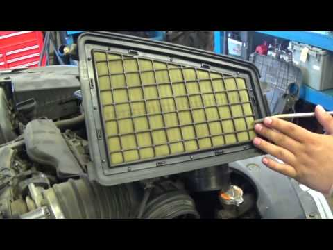How To Change Air Filter on a 2009 Hyundai Genesis