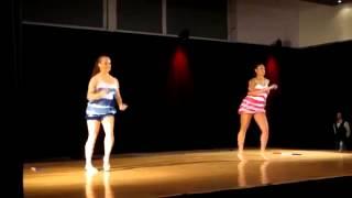 Bailando reggaeton en Dias Cubanos 2012