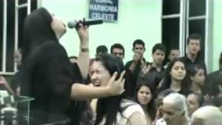 getlinkyoutube.com-Ministração Eliane Silva - O Médico Errou - AD São João do Oriente (MG)