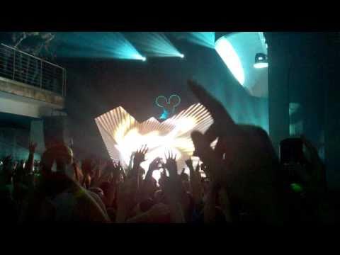 Deadmau5 at Epic Nightclub -  Ghosts n Stuff (10.20.2010) SIM SHOWS