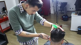 getlinkyoutube.com-ANDREAS COLETTI How to: Cut and Style a Skin Fade Side Part Pompadour #HAIRVOLUTION