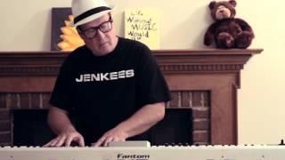 getlinkyoutube.com-Classical Piano: Try The Bass/Guitar Sound (Ronald Jenkees)