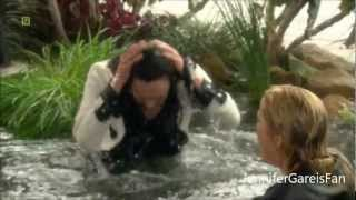 getlinkyoutube.com-B&B Brooke and Taylor funny catfight in a pond (2010)