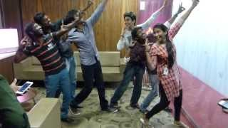 getlinkyoutube.com-Anirudh & Sivakarthikeyan giving Dance Lessons to Suryan FM 93.5 RJ'S !!!