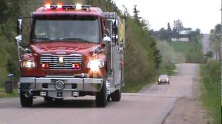 getlinkyoutube.com-Firetrucks & Ambulance Lights& Sirens