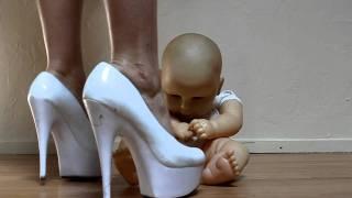 getlinkyoutube.com-High Heels Crush Baby Doll's Ego