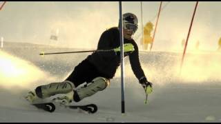 getlinkyoutube.com-Lindsey Vonn Slow Motion Slalom - Red Bull Moments