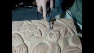 getlinkyoutube.com-Dremel micro retífica -Entalhe em madeira -Amazonian macaws wood carving