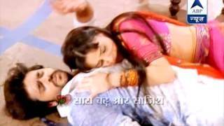 getlinkyoutube.com-Rudra and Paro come close to eachother