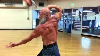 getlinkyoutube.com-Andreas Cahling at 60 - posing freaky muscle