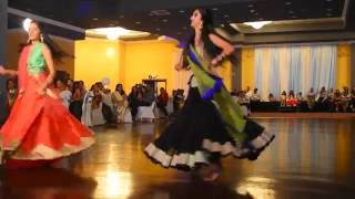 getlinkyoutube.com-Arpan's Mehndi Dance - Shreya and Shivani