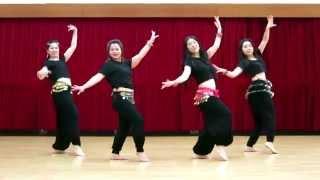 getlinkyoutube.com-Lovely | Happy New Year | Shahrukh Khan, Deepika Padukone | by Master Santosh's Students @ Hong Kong