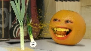 getlinkyoutube.com-Annoying Orange - Leek of Their Own