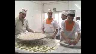 getlinkyoutube.com-حلويات ابو شيماء بقلاوة زهرة