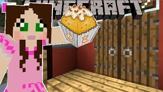 getlinkyoutube.com-Minecraft: TRICK OR TREAT CHALLENGE! (WHO CAN GET THE MOST CANDY?!) Mini-Game