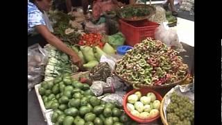 getlinkyoutube.com-Visit to Laoag City and market in Ilocos Norte, Philippines on April 2012