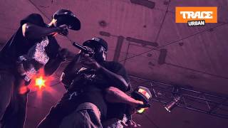 Sefyu sur scène à Douala, c'est physique !