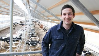getlinkyoutube.com-Farmer replaces milking robots with new rotary parlour!