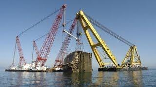 getlinkyoutube.com-Salvage of sunken car carrier Tricolor
