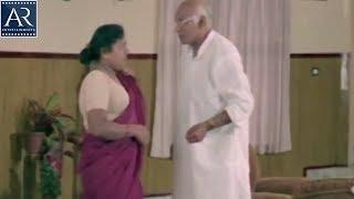 getlinkyoutube.com-Chinna Papa Pedda Papa Movie Scenes | Lady Servant tempting Old Man Romantic Comedy